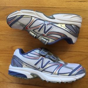 Girls 2.5, NWOT New Balance Running Shoes